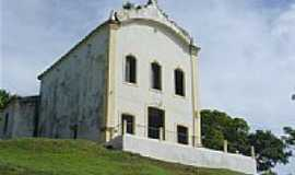 Laranjeiras - Igreja Secular em Laranjeiras por TitoGarcez