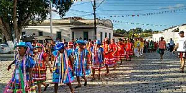 tradicional cortejo folclórico -  por Leonardo Barreto