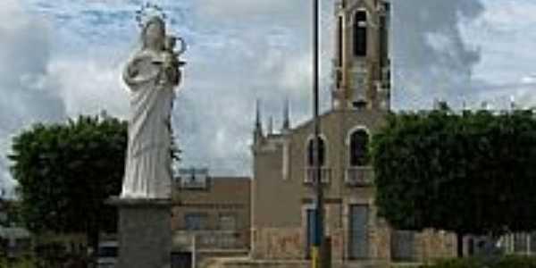 Praça, Igreja e Imagem de N.Sra.da Glória em Nossa Senhora da Glória-SE-Foto:maxell10