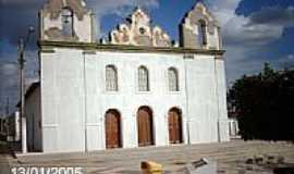Pedra Mole - Pra�a Jo�o Lucas de Oliveira e a Igreja Matriz-Foto:Sergio Falcetti