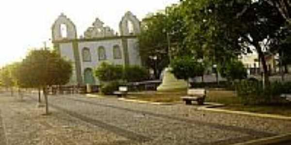 Praça João Lucas de Oliveira e Igreja-Foto:dlandahl
