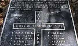 Poço Redondo - Placa de comemoração de 100 anos da morte de Lampião-Foto:RICARDO SABADIA