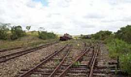 Riachuelo - Estrada de ferro foto por marcio_andrei