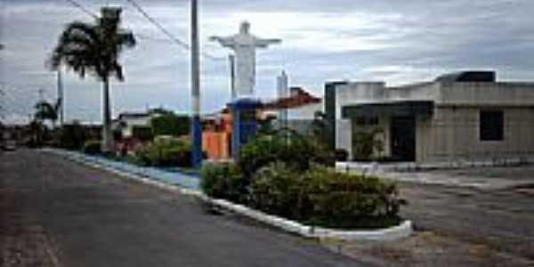 Cristo Redentor na entrada da cidade-Foto:Sergio Falcetti
