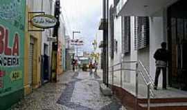 Simão Dias - Rua Dr.Joviniano de Carvalho-Foto:Leonardo Souza,