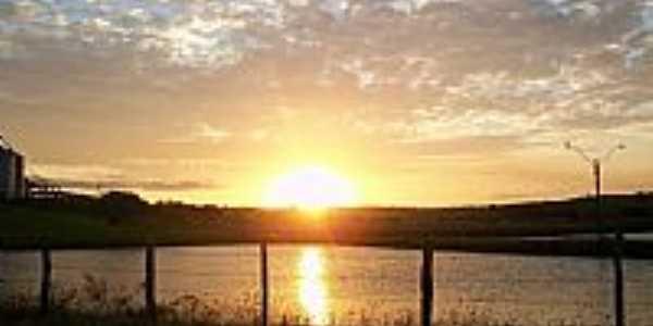 Telha-SE-Pôr do Sol no lago-Foto:José Pereira Maia