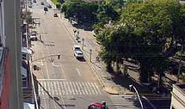 Adamantina - Adamantina-SP-Avenida central da cidade-Foto:LPSLPS