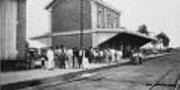 A estação de Cascavel,hoje Aguaí,por volta de 1910,antes da ampliação da estação-Foto:Álbum da Mogiana,museu da Cia.Paulista, Jundiaí