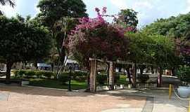 Águas da Prata - Águas da Prata-SP-Praça da Bandeira-Foto:Urias Takatohi