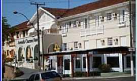 �guas de S�o Pedro - Av.Charme Hotel em �guas de S�o Pedro-Foto:helio antunes do nas�