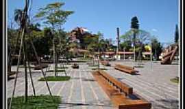 Águas de São Pedro - Praça Octávio Moura Andrade  em Águas de São Pedro-Foto:helio antunes do nas…