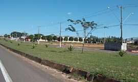 Agudos - Agudos-SP-Entrando na cidade-Foto:Luzia Frata