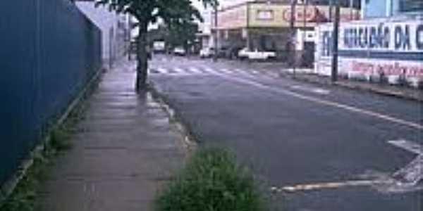 Rua D.Pedro II em Américo Brasiliense-Foto:Marcelo Brizolari