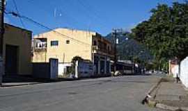 Ana Dias - Rua da cidade-Foto:Ismar Francisco Ribe…