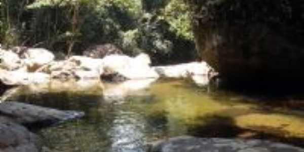 cachoeira do cabuçu, Por suzy vilela