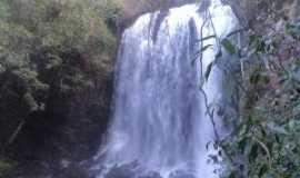Analândia - cachoeira, Por Leandro Rocha