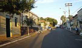 Analândia - Rua central de Analândia-SP-Foto:Jorge Abu Jamra