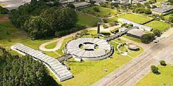 Anápolis-GO-Base da Força Aérea Brasileira-Foto:mochileiro.tur.br