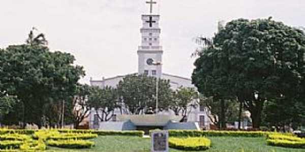 Anápolis-GO-Praça e Matriz do Bom Jesus-Foto:mochileiro.tur.br