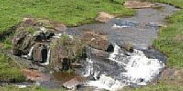 Oriente Novo-BA-Pequena Cachoeira-Foto:zeniltonmeira.blogspot.com.br