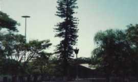 Angatuba - PRAÇA CENTRAL DE ANGATUBA - Por zéck broca guaratinguetá/sp.