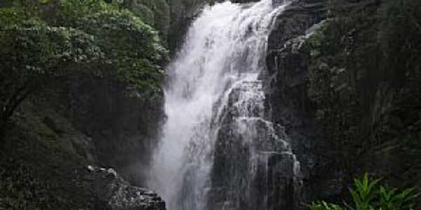 Apiaí-SP-Cachoeira do Calabouço-Foto:Pedro Henrique Slompo