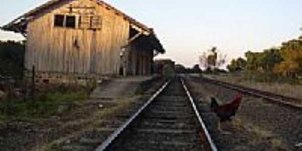 Estação Ferroviária-Foto:Hermélio Moraes