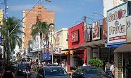 Araraquara - Rua 9 de Julho ( Rua 2 ) - Centro Foto de Milan Zunic