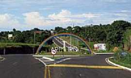 Arco-Íris - Entrada da cidade-Foto:Eduardo M. P. Dantas