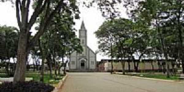 Arealva-SP-Praça e Igreja de São Francisco-Foto:gustavo_asciutti