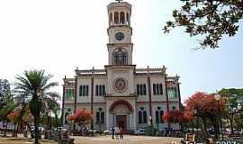 Assis - Igreja Matriz de Assis - SP por andretaka