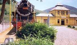 Bananal - Bananal-SP-Estação Belga e Locomotiva-Foto:Jorge A. Ferreira Jr.