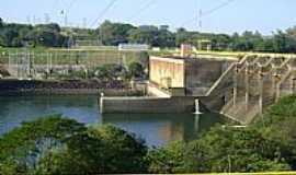 Barra Bonita - Barra Bonita-SP-Eclusagem na represa Hidrel�trica do Rio Tiet�-Foto:Gerson - Brazil