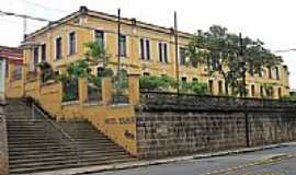 Bebedouro - Antigo Escrit�rio da estrada de ferro-Foto:Bombercid