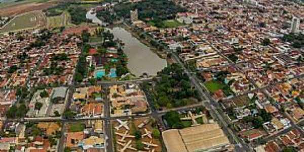 Bebedouro, Cidade Coração. Foto: Cleyton Kawano.
