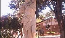 Boa Esperança do Sul - Estátua de São Sebastião-Foto:Julierme