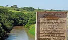 Borá - Borá-SP-Ponte sobre o Rio do Peixe e-Placa de Inauguração-Foto:Eduardo Dantas