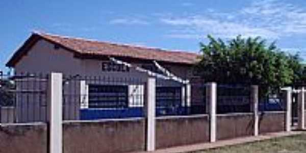 Escola Carolino Pereira de Ara�jo em Palmeiras-BA-Foto:pisantos