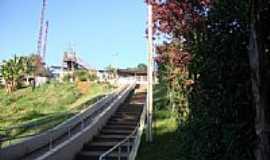Botujuru - Escadarias para a Estação-Foto:valpacha 2