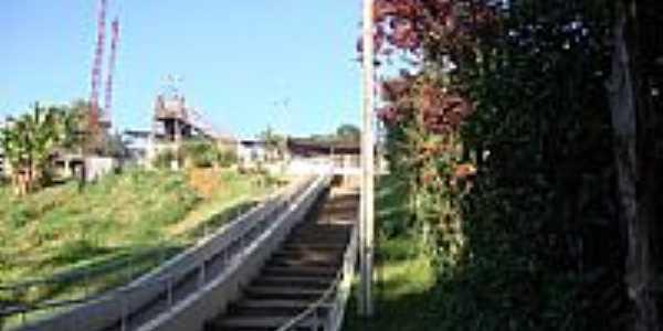 Escadarias para a Estação-Foto:valpacha 2