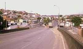 Brás Cubas - Avenida-Foto:João Paulo Chagas