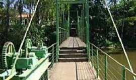 Brotas - Ponte Pênsil no Parque dos Saltos em Brotas-SP-Foto:Daniel Souza Lima