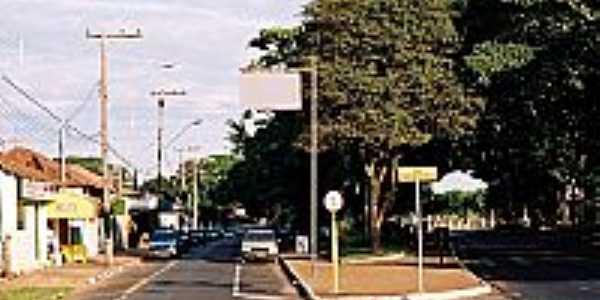 Praça em Bueno de Andrada-SP-Foto:Zekinha