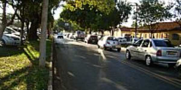 Rua central em Bueno de Andrada-SP-Foto:Umberto Moreno