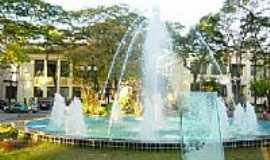 Caçapava - Fonte da praça da Bandeira-Foto:smashaddans