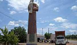 Caiabu - Estátua de Santo Antonio-Foto:Elly Kuck