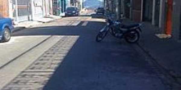 Rua Laura-Foto:E.PauloRoberto