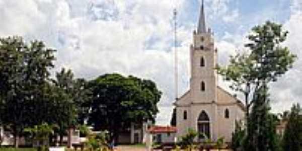 Igreja Católica em Caiuá-Foto:Ari Vicente