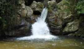 Cajati - Cajat�-SP-Cachoeira da Capelinha-Foto:alex