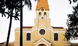 Cajuru - Igreja Matriz de São Bento-Foto:Zekinha